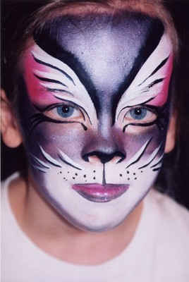 Sexy Cat Face Paint http://www.giacospoetryparty.com/2008_11_01_archive.html
